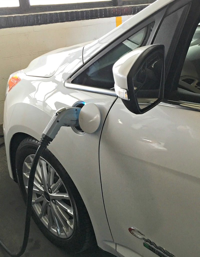 Driving on Energi with the Ford C-MAX Energi Hybrid Car