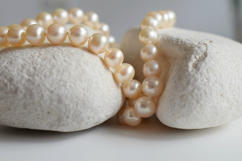 How to Choose Cultured Pearls As A Gift